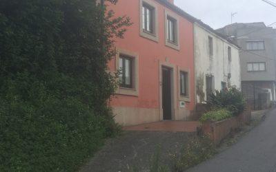 Casa restaurada en Meicende Arteixo